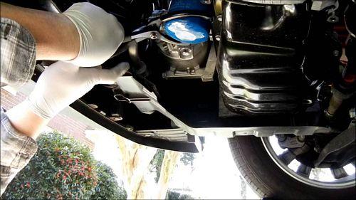 khi nào cần thay lọc xăng cho ô tô