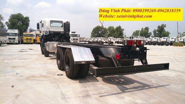 xe-tải-isuzu-4-chân-chassis-vm