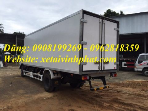 xe tải isuzu thùng đông lạnh 8 tấn