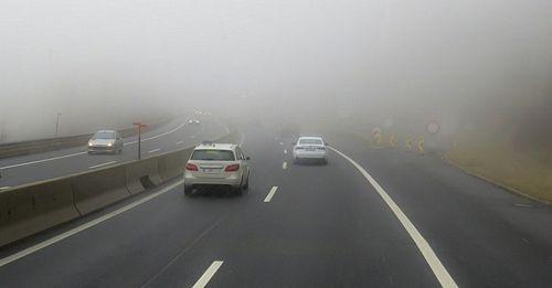 mẹo lái xe khi thời tiết có sương mù