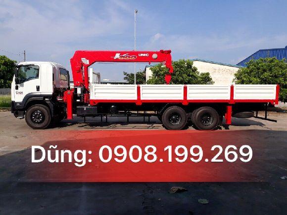 xe tải 3 chân isuzu gắn cẩu tự hành 8 tấn
