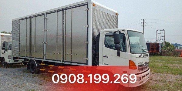 xe tải hino chở cấu kiện điện tử FC9JNTC